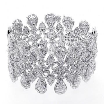 34.48 Cts Diamond Bracelet set in 18K white gold