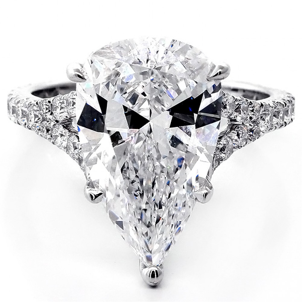 6.83 Cts Pear Shape Diamond Engagement Ring set in 18K White Gold ...