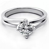 0.95 Cts Round Cut Diamond Engagement Ring set in 14K White Gold