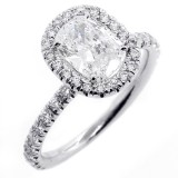 1.92 CTS OVAL CUT DIAMOND HALO ENGAGEMENT RING SET IN PLATINUM