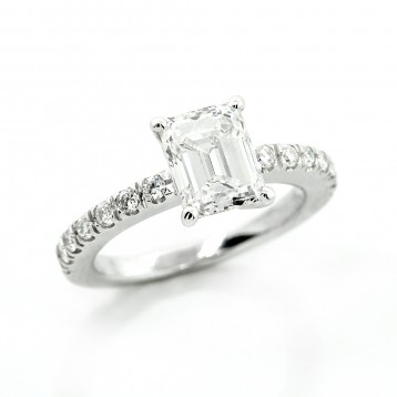 1.40 Cts Emerald Cut Diamond Engagement Ring in Platinum