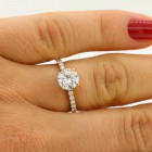 1.25 cts round cut diamond engagement ring set in 18 K Rose gold