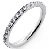 0.8 Cts  Round Cut Diamond Eterenity Band Set in 18K White Gold