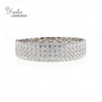 Diamond Bangle total weight 22.57 set in 18k white gold