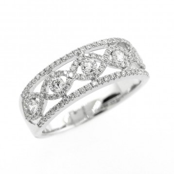 0.70 Cts  Round Cut Diamond Engagement Ring set in 18K White Gold