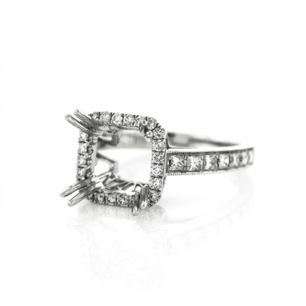 0 65 Cts 18K White Gold Diamond Cushion Cut Engagement Ring