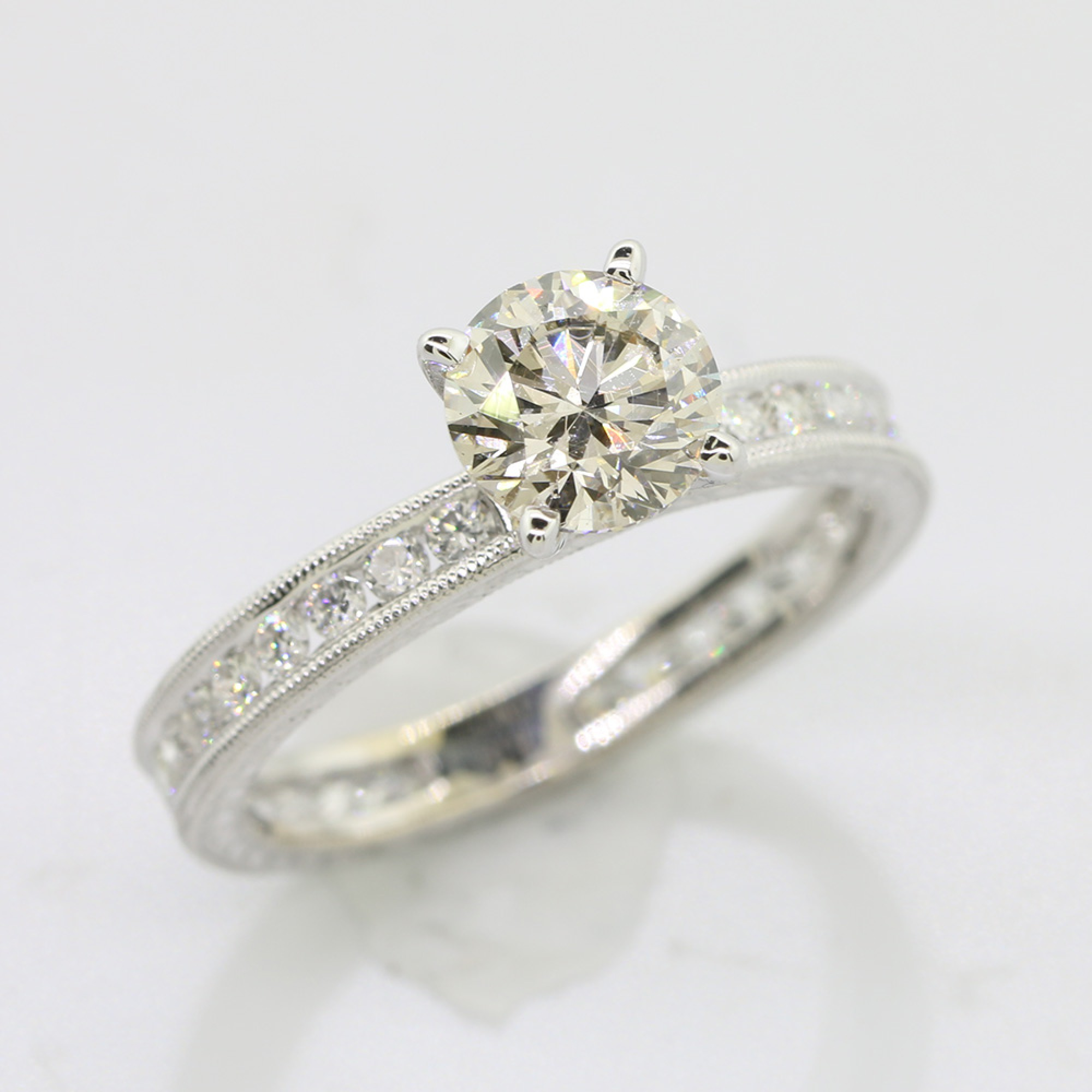 1 06 Cts Round Cut Diamond In 18k White Gold Engagement Ring Cheap