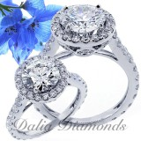 3.17 Cts Round Cut Diamond Engagement Ring sset in 18 K White Gold