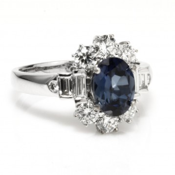 2.55 Cts. 18K White Gold Oval Cut Sapphire Diamond Right Hand Ring
