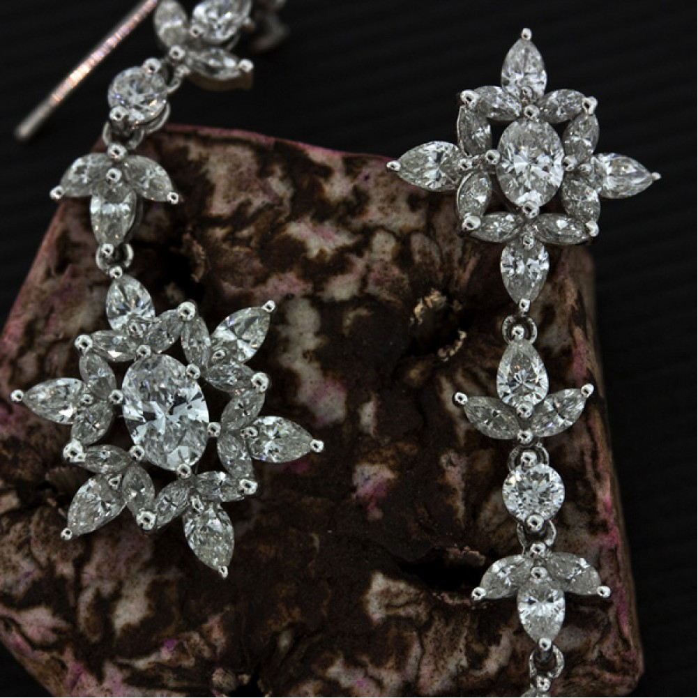 studs diamond large lookbook moore stylebistro earring mandy earrings