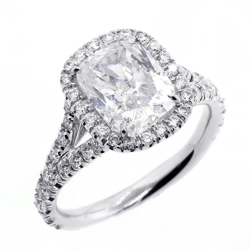 4 01 CTS CUSHION CUT DIAMOND ENGAGEMENT RING WITH HALO SET IN PLATINUM Cheap